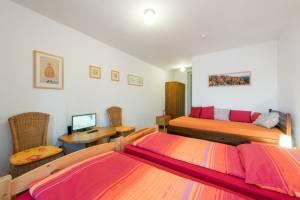 Pokoj 1 - Room 1